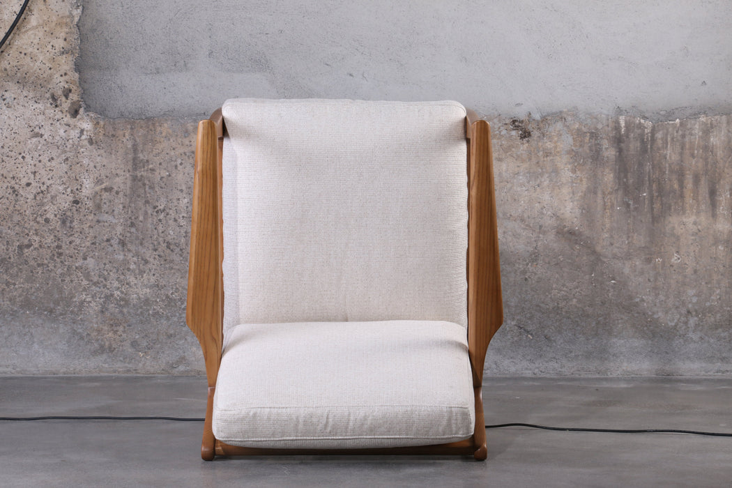 AT EASE Fabric Reception Chair
