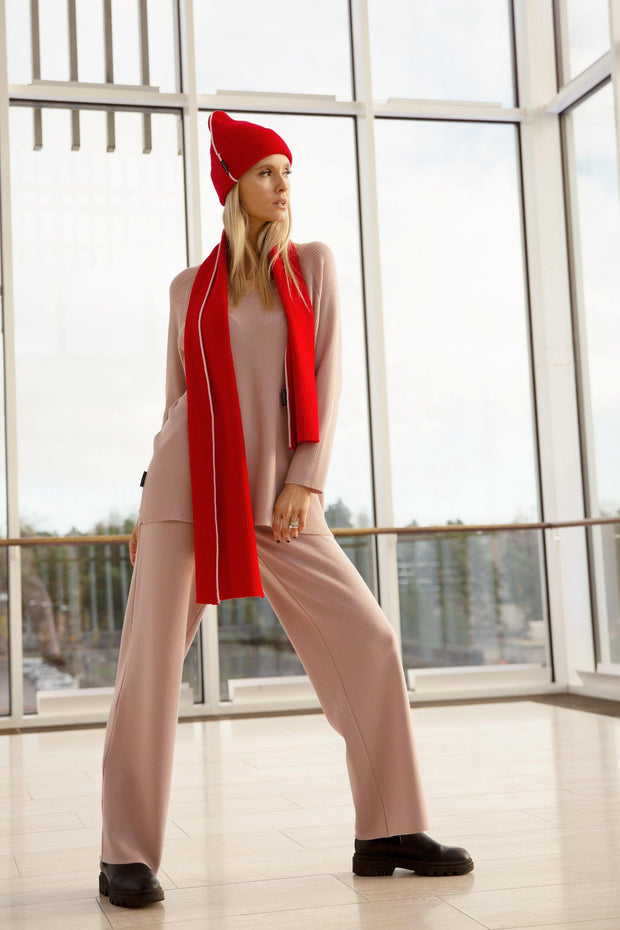 Buy online sustainable Trousers from Finland - MIAM Rosa Knit Pants