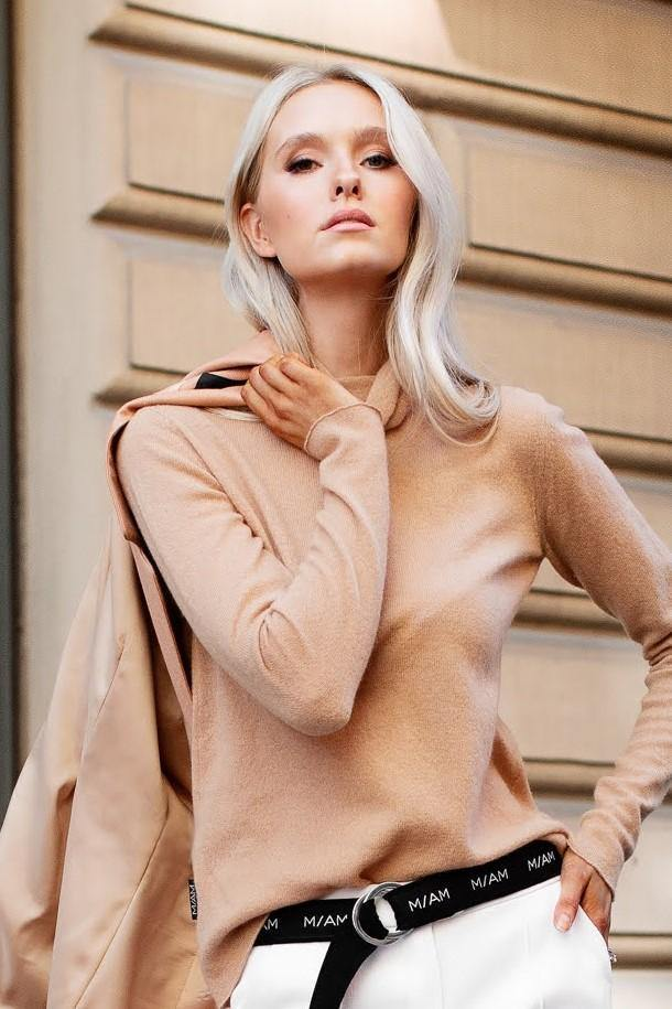 Buy online sustainable knits from Finland - MIAM Ida Pullover Camel