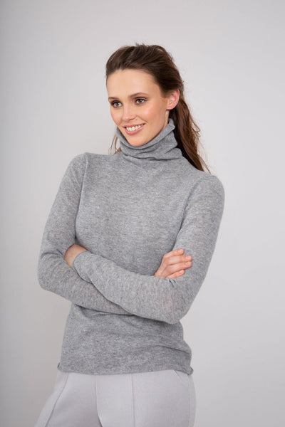 Buy online sustainable Knits from Finland - MIAM Ida Pullover Dusk