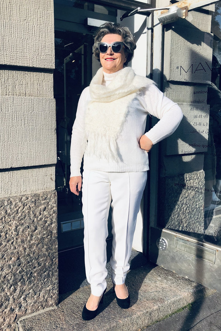 Buy online sustainable Trousers from Finland - MIAM Stream Trousers White