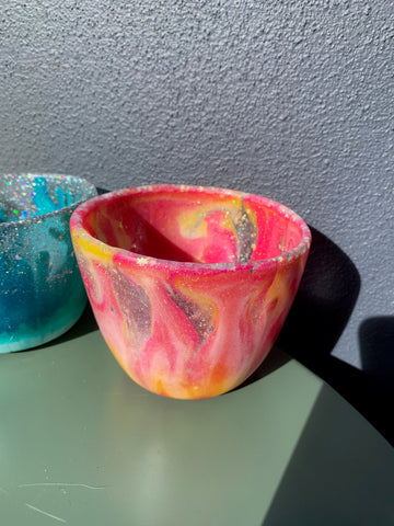resin planter pot made using a home made silicone mould