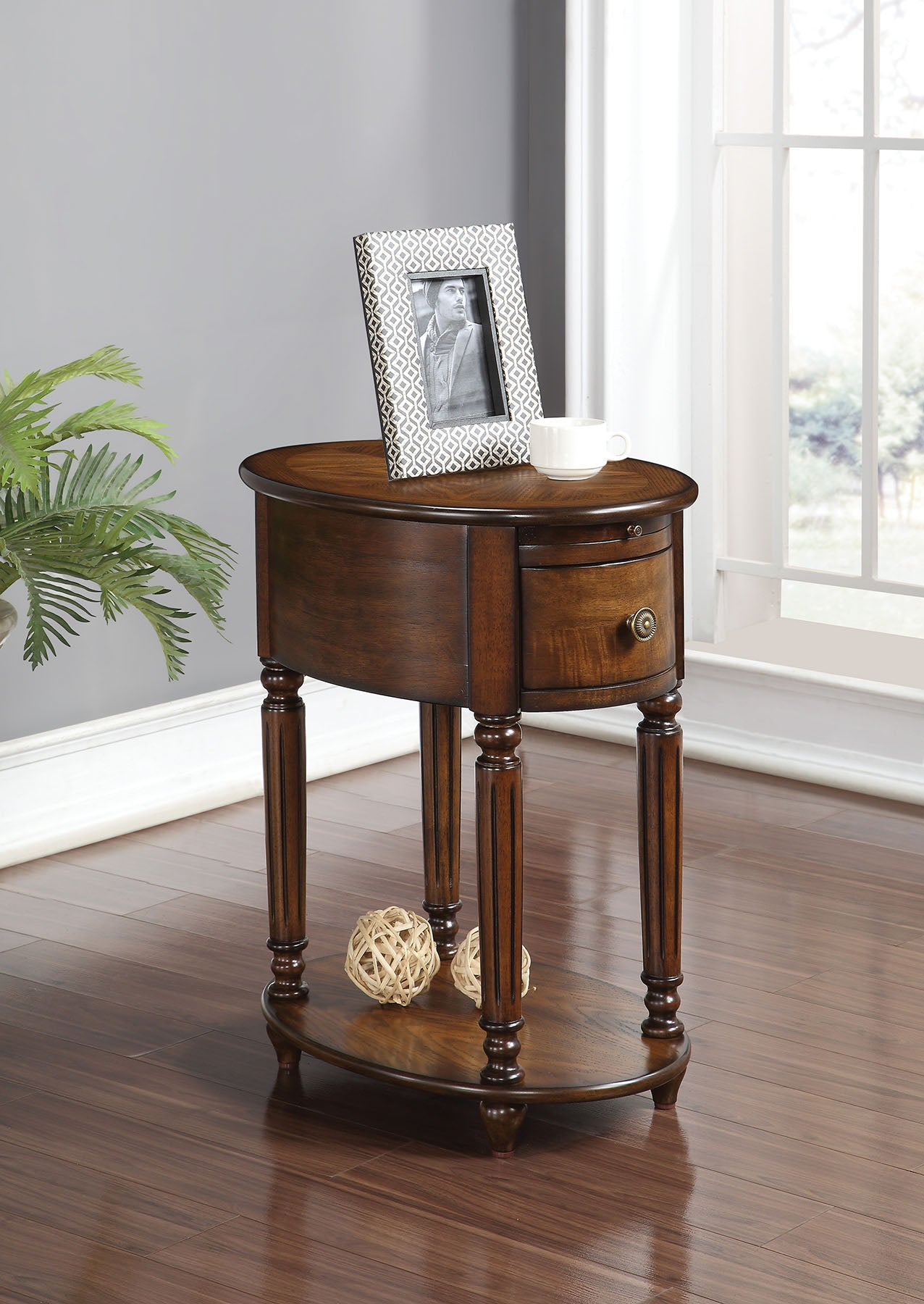 "16"" X 22"" X 24"" Dark Oak Rubber Wood Side Table"