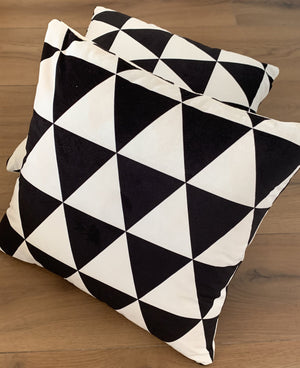 54805 Cushion Covers 45 x 45 cm Hidden Invisible Zip Pack of 2