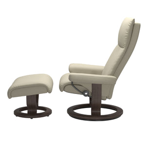 Stressless® Aura (M) Classic chair with footstool