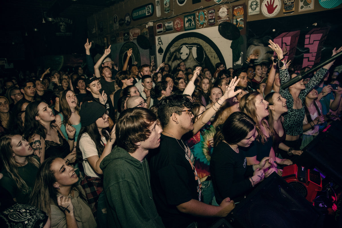 TOUR Header Background