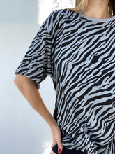 Load image into Gallery viewer, ZEBRA T-SHIRT