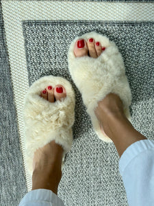 Slippers White