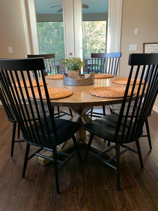 Round Farm Table with Pedestal Base