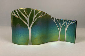 Green Trees Curved Stand Art
