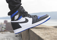 Carregar imagem no visualizador da galeria, TÊNIS NIKE AIR JORDAN 1 RETRO HIGH ROYAL TOE
