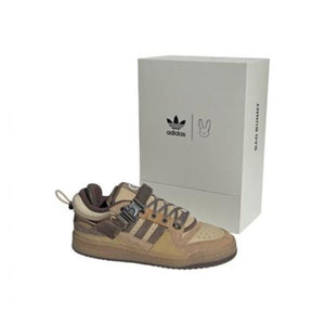 TÊNIS BUNNY X ADIDAS FORUM BUCKLE LOW CAFÉ