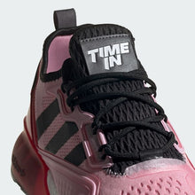 Carregar imagem no visualizador da galeria, TÊNIS ADIDAS X FORTNITE ZX 2K BOOST NINJA TIME IN TRUE PINK