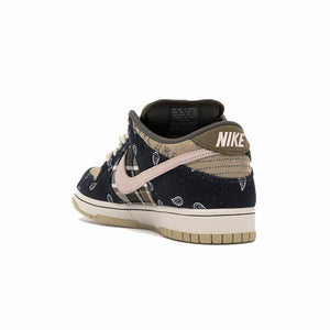 TÊNIS NIKE SB DUNK LOW TRAVIS SCOTT