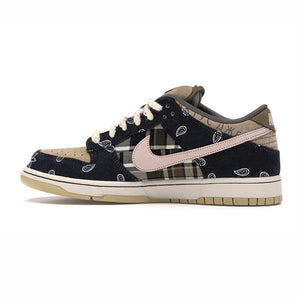 TÊNIS NIKE SB DUNK LOW TRAVIS SCOTT - SPECIAL BOX