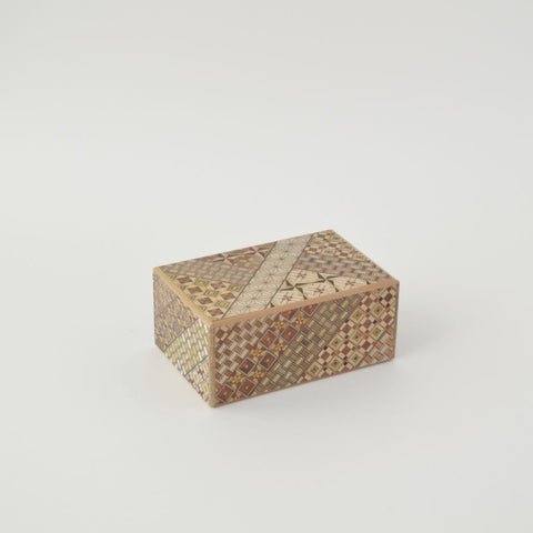 """Trick Box """"Large-sized box with 21 steps"""""""