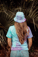 Load image into Gallery viewer, Unisex Ice Dye Sun Tee