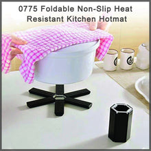 Load image into Gallery viewer, 0775 Foldable Non-Slip Heat Resistant Kitchen Hotmat