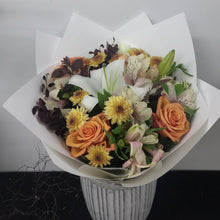 Load image into Gallery viewer, Colourful bouquet