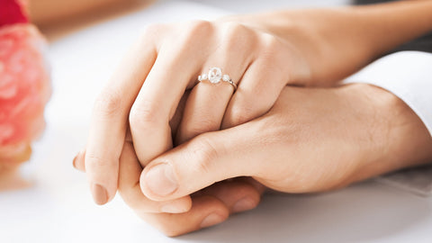 On What Hand Should You Wear an Engagement Ring on?
