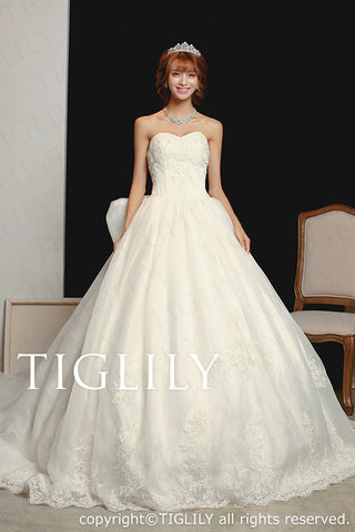 wedding dress (w1107)