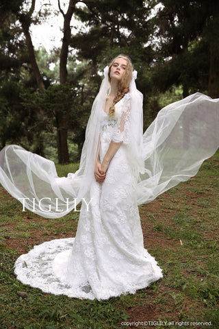 wedding dress (w308)