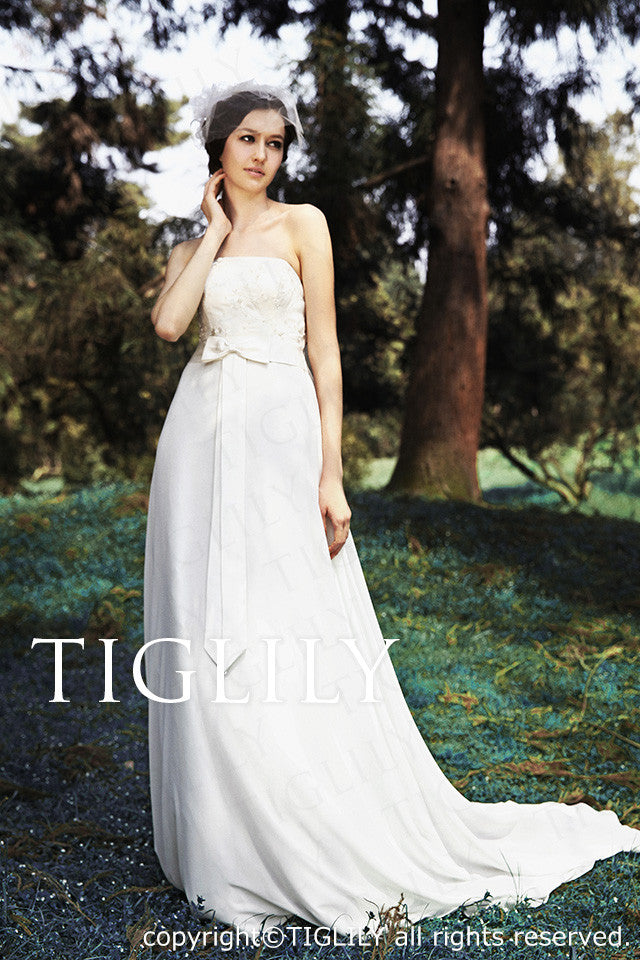 wedding dress (w676)