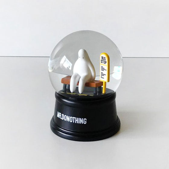 Snow globe for bedroom-bus stop