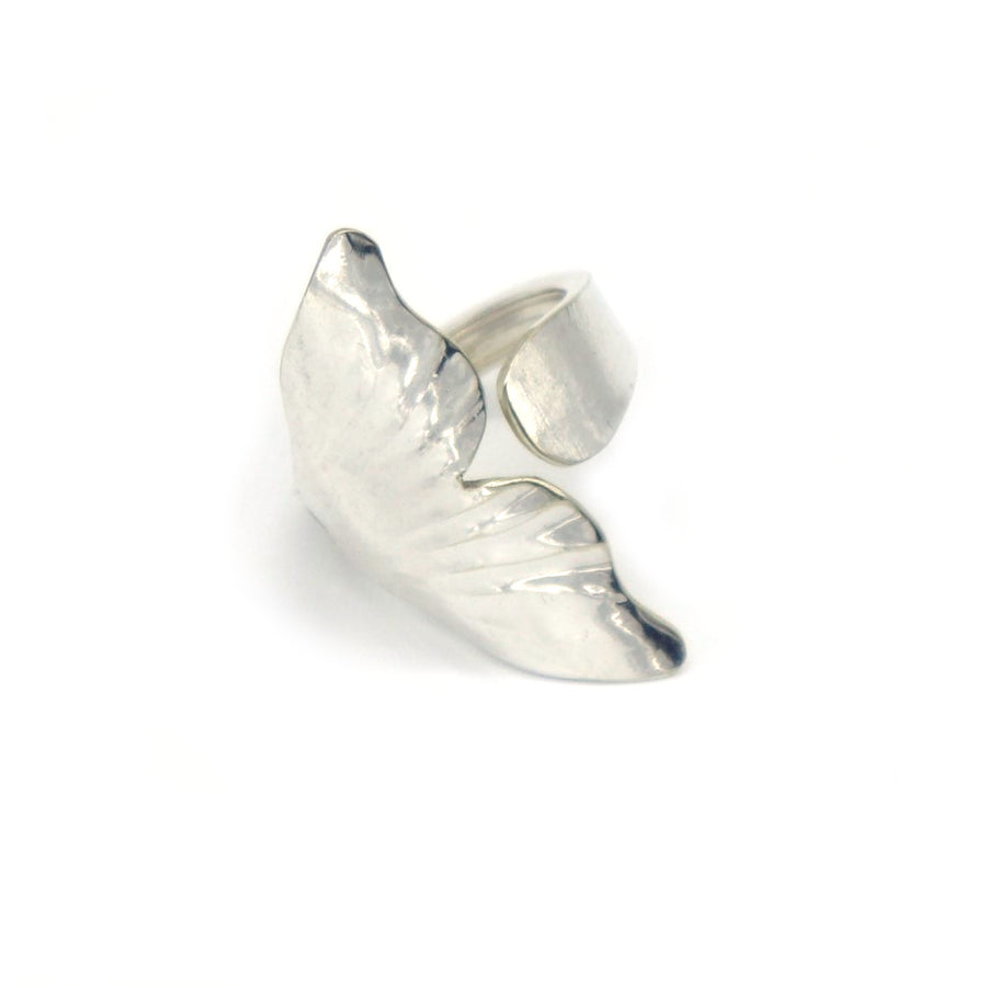 Whale Tail Shell Ring