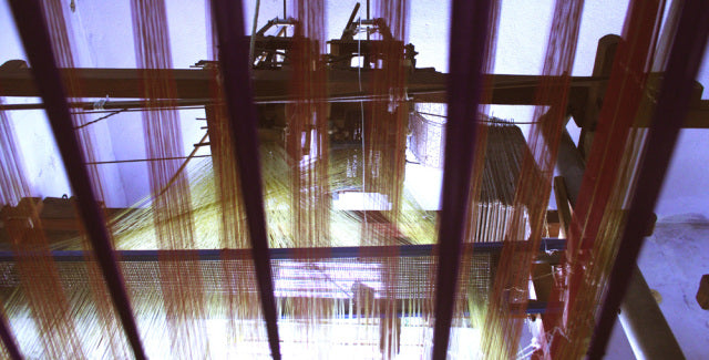 The Grid and Grit of Silk – on the Loom