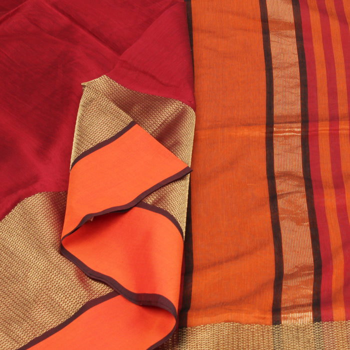 Sarangi Handwoven Maheshwari Silk-Cotton Saree - 1403754RED