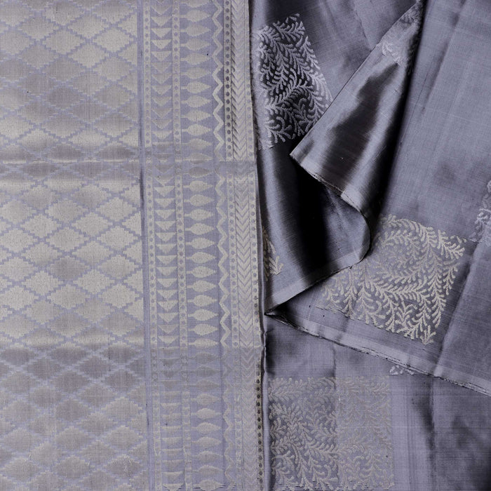 Handwoven Soft Silk Saree - CBE662