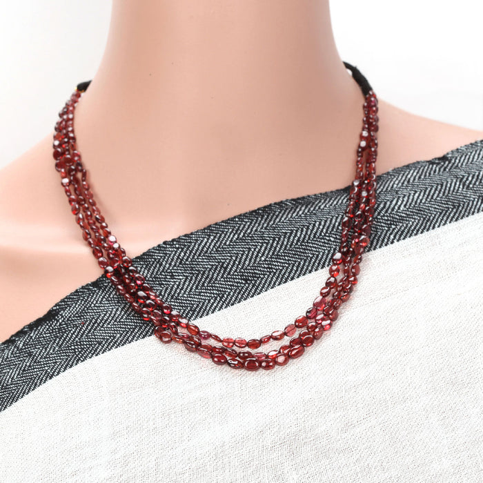 Ushani Garnet Necklace by Banswari BJM103