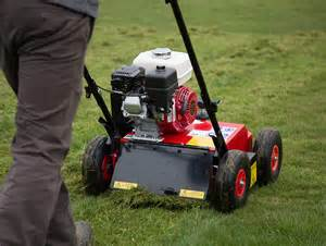 Petrol Powered Lawn Scarifier For Hire