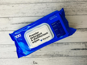 Reynard Premier Detergent and Disinfectant Wipes