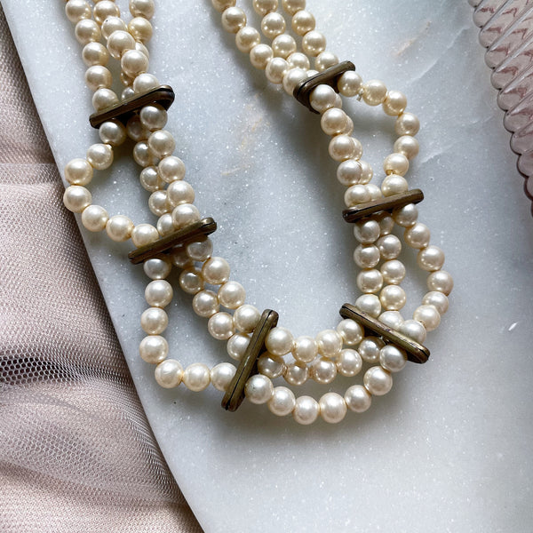 Vintage | Scalloped Faux Pearl and Crystal Choker