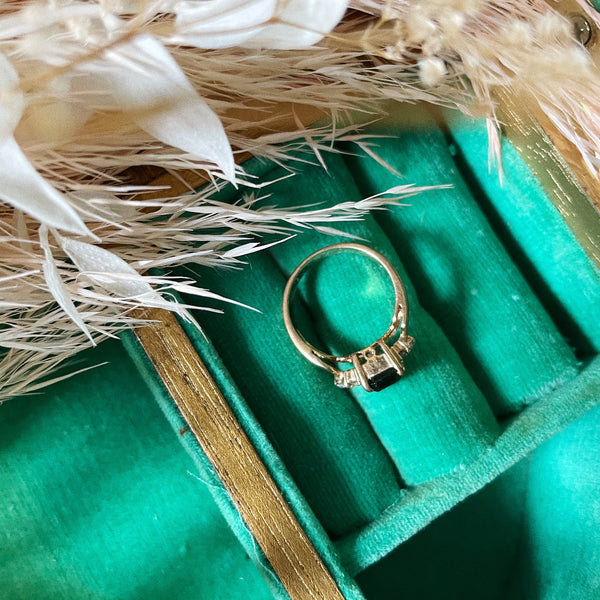 Vintage | Faux Emerald Ring | Size 5