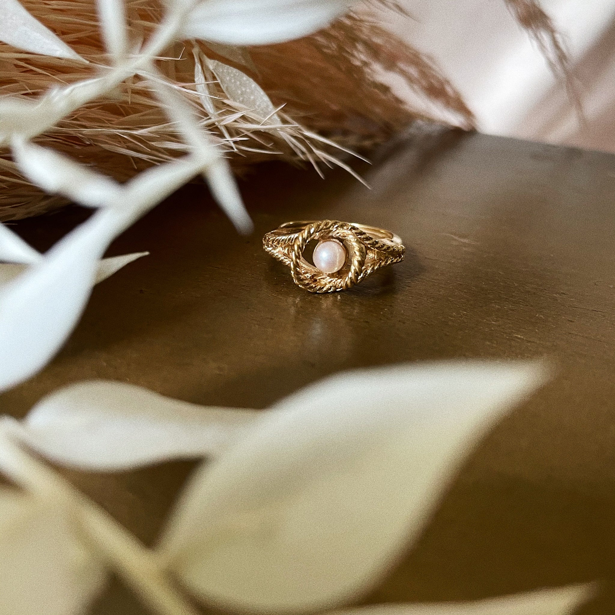 Vintage | Avon Pearl and Rope Ring | Adjustable Size 4.5