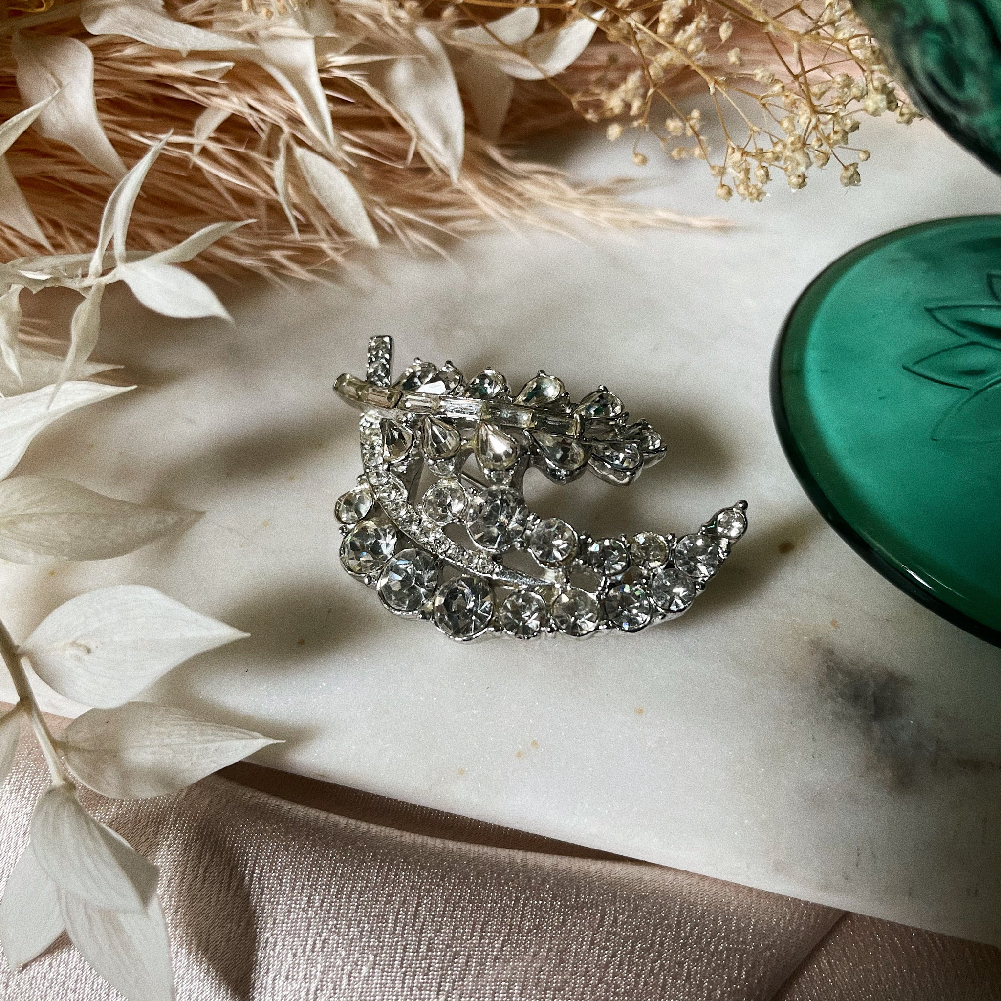 Vintage | Crystal Double Leaf Brooch
