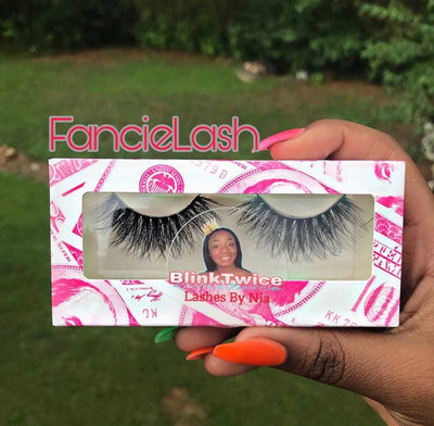 Rom'Nia's Stylish Station® Lashes