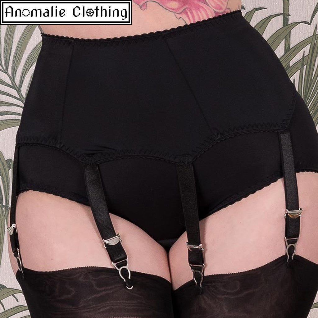 Liz Suspender Belt in Black