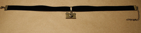 Bronze Retro Camera Pendant on Velvet Choker