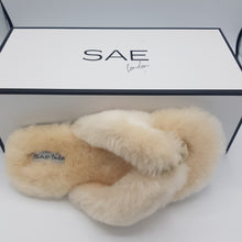 Load image into Gallery viewer, ISLA SHEEPSKIN SLIPPER