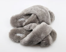 Load image into Gallery viewer, ESMEE SHEEPSKIN SLIPPER