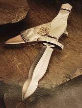 Load image into Gallery viewer, Mother of pearl handled dagger & scabbard