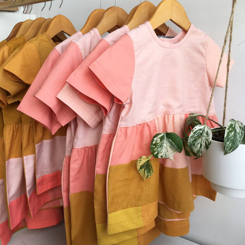 PATCH DRESS peach