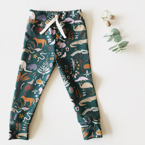 KOALA BUSHLAND straight leggings sizes 1-5 green