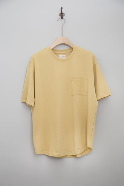 By R SS20 S/S Curve Pocket Tee