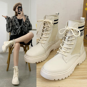 2020 Non-slipper boots for women comfort and fashion in the same product.