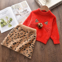 Load image into Gallery viewer, Baby's knitted warm little sweater for girl